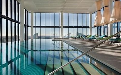 Crown Metropol Melbourne Pool