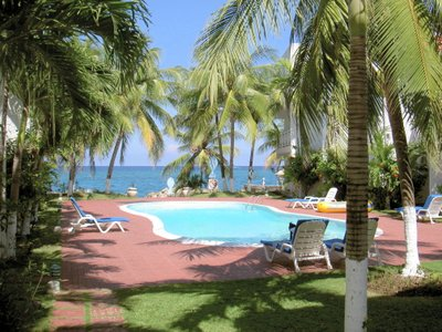 Chrisanns Beach Resort Swimming Pool