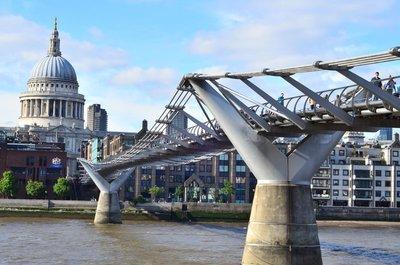 Millenium bridge & st pauls.