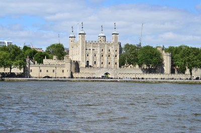 Tower of London across the thames.
