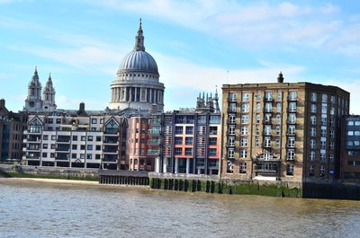 St paul's cathedral across the thames.