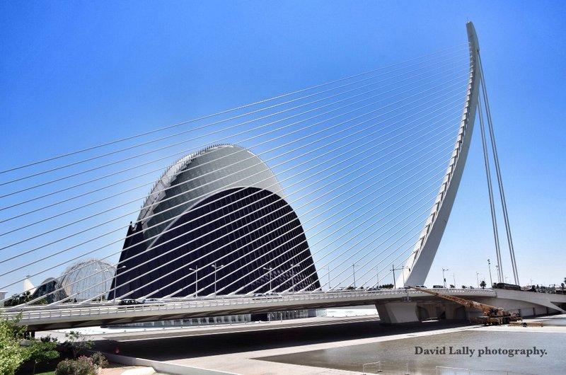 Assut de l'or bridge & Agora.