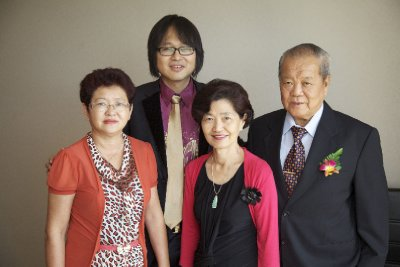 Ed with Aunts & Uncle