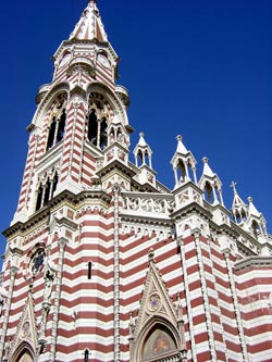 Church of Maria del Carmen, Bogota