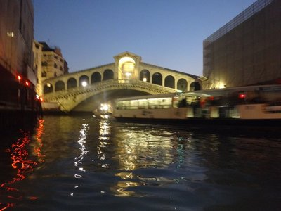 Gondolo Ride - Approching Rialto Bridge