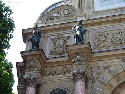 Left statues on Fountaine Saint Michel