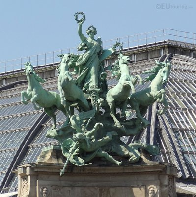 Group of statues on the roof