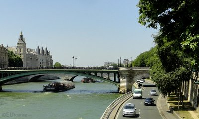 La Conciergerie from a distance