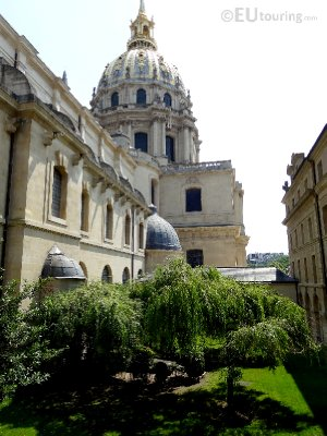 Garden and church at Les Invalides