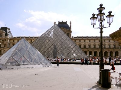 Architecture of the Louvre
