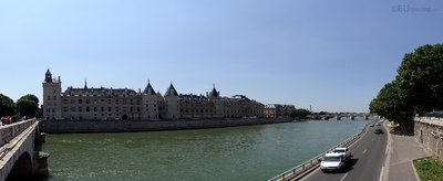Panoramic of the Seine and Conciergerie