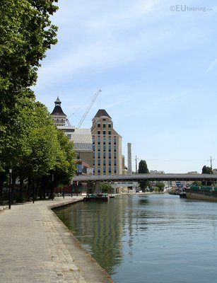 Buildings along Canal de l'Ourcq
