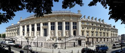 Panoramic of Palais de Justice