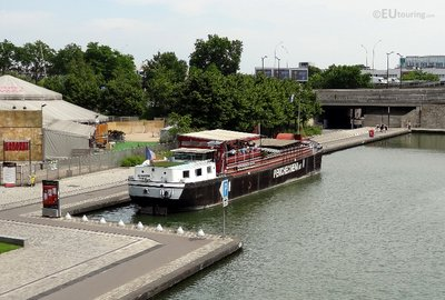Floating cinema on the Canal