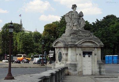 Statue at Place de la Concorde
