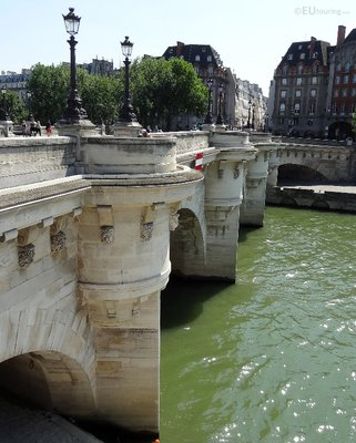 Shorter side of the Pont Neuf