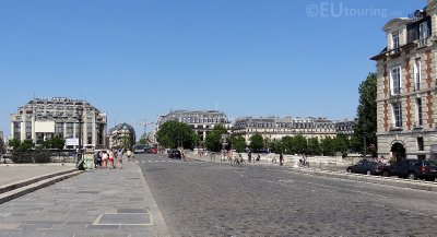 Where Ile de la Cite and Pont Neuf meet