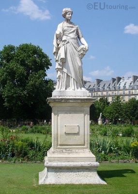 La Comedie statue