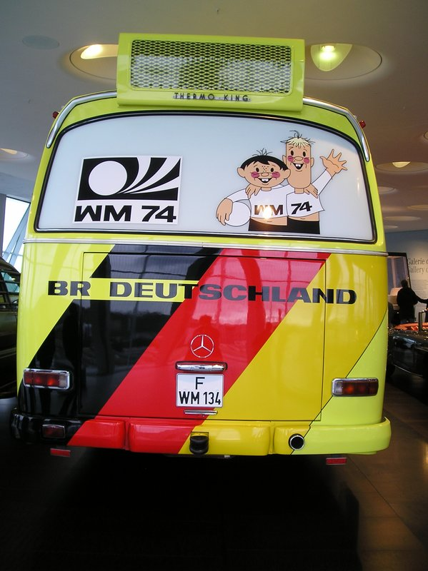 WC bus Germany 74