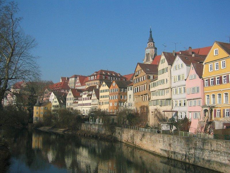 Tubingen, College town
