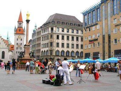 Marienplatz square