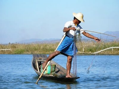 Typical fisherman a Inle lake