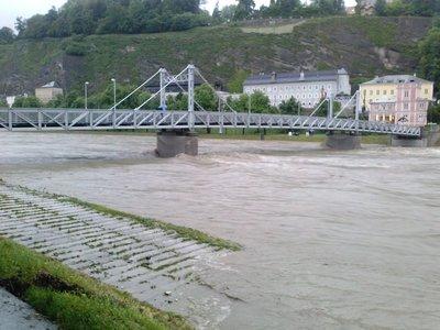 Salzach_flooding.jpg