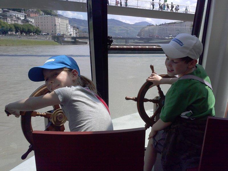 Alex and Maria ship captains