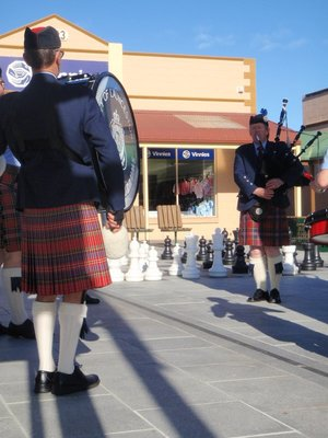 Bagpipes and chess