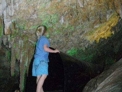 Ngilgi cave tunnel