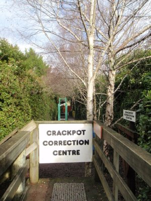 Crackpot correction centre
