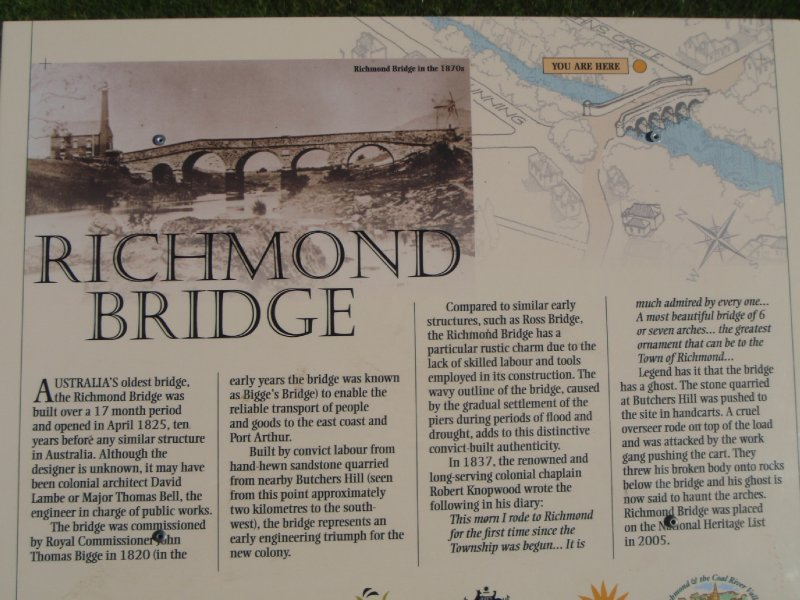 Historic Richmond Bridge sign