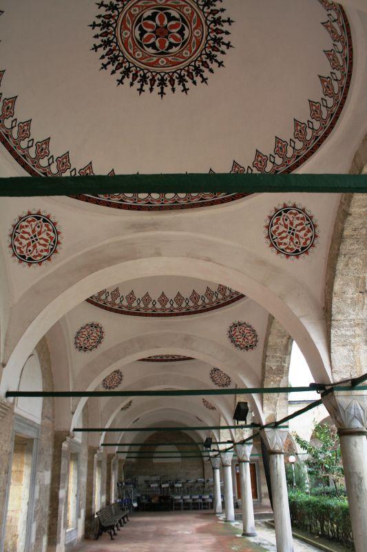 Atik Valide Camii, Uskudar
