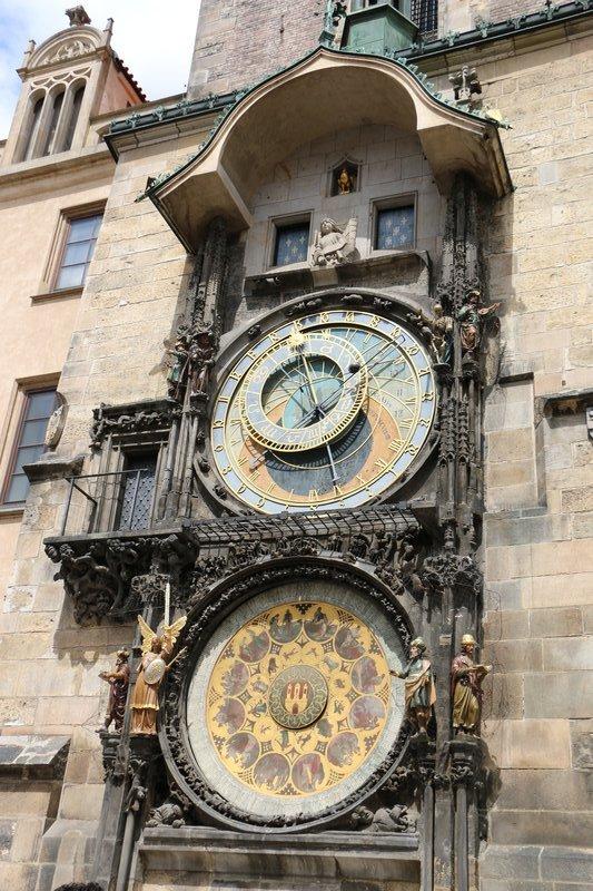 large_270_Astronomical_Clock.jpg