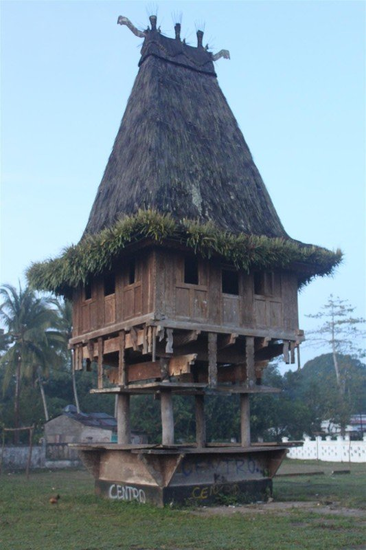 Fataluku house