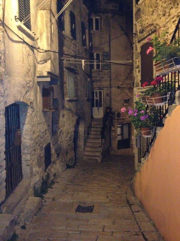 Rovinj alley