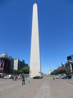 Obelisco at the center of 9 julio avenue.