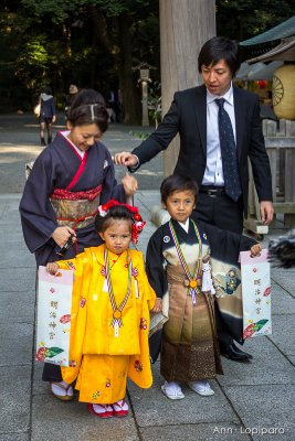 A family at Meiji Jingu Shrine for the Shichi-Go-San Festival