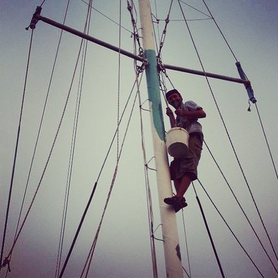 Paintin' the mast! Taken by Majed Neisi