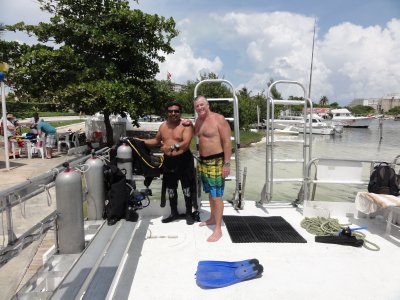 Franciso (Scuba Cancun) and Mel