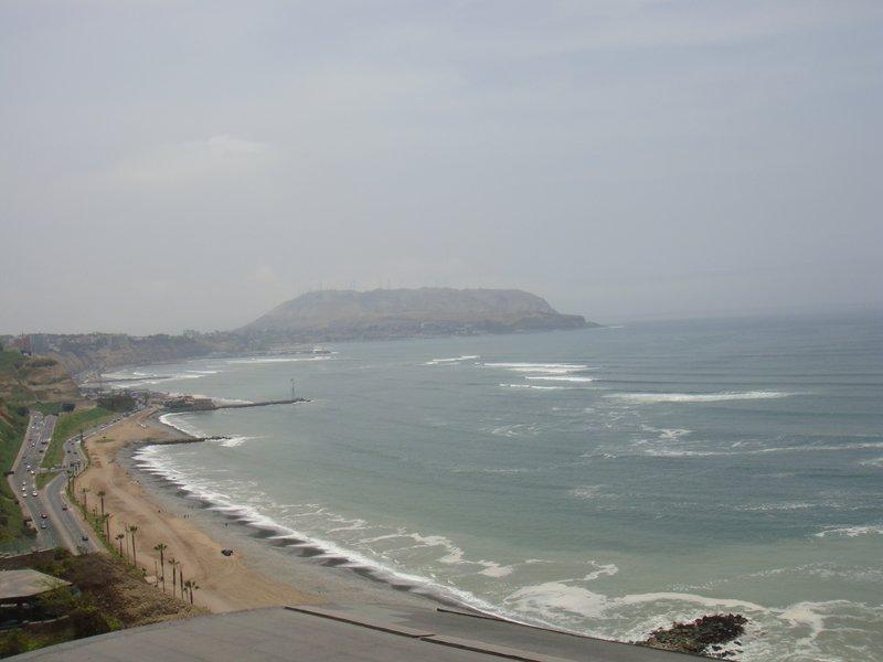 large_Miraflores_shoreline.jpg