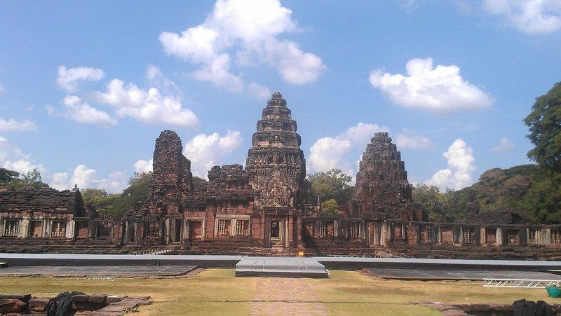 Resembles Angkor Wat