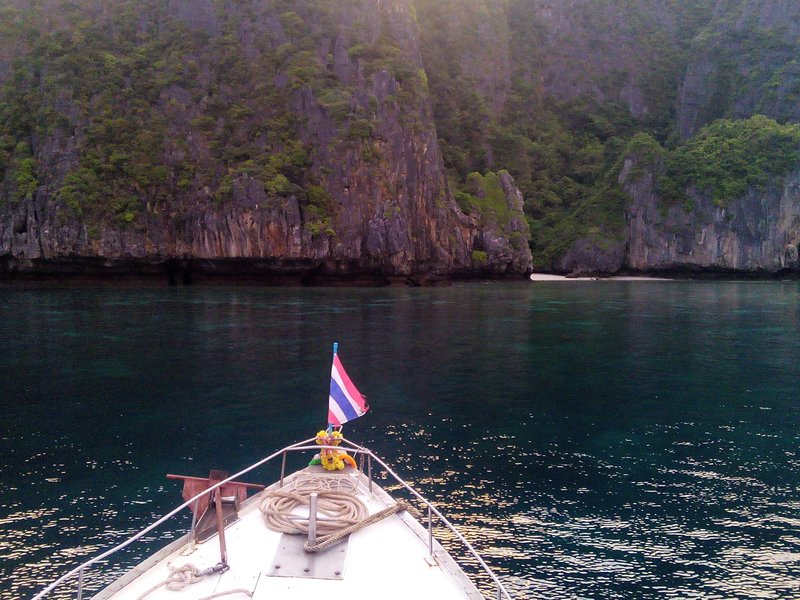 pulling into Maya Bay