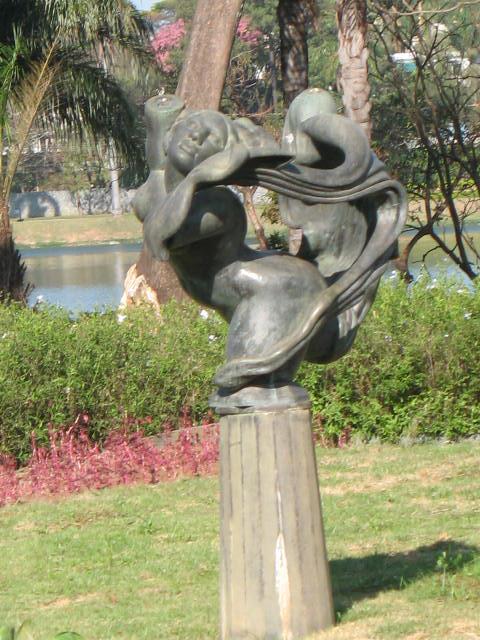 Sculpture Pampulha