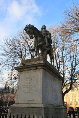 Louis XIII on duty in the Marais