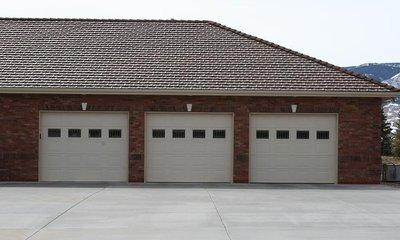 Garage Doors 02