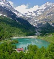 A TRAIN JOURNEY AROUND SWITZERLAND