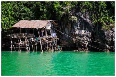 hut.dock