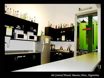 06´s Kitchen