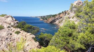 La côte Bleue vers le Cap Méjean